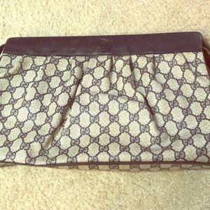 123de745354 Women s Gucci Vintage Clutch Bag on Poshmark